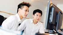 Callout_subscr-dev_iSt_27007878_XL_young-asian-office-workers-at-their-desk