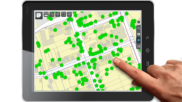 Navigate maps by touch
